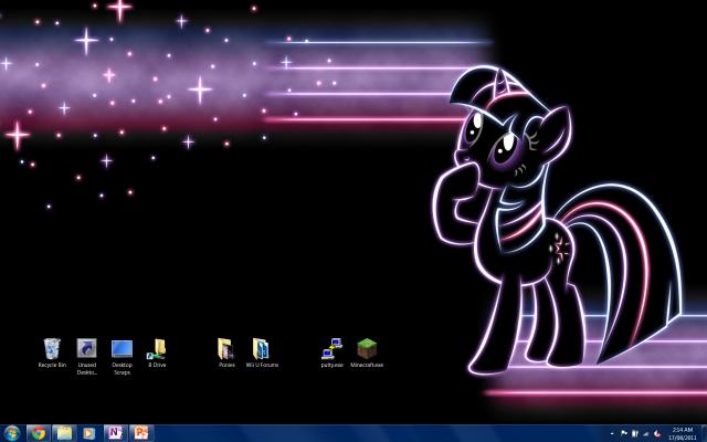 Arcai\'s Desktop.png